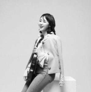 Jiye Lee